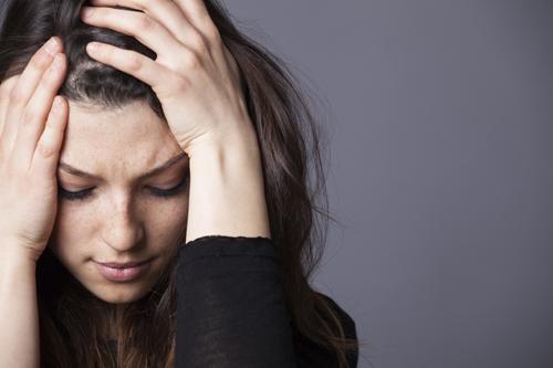 בזמן האחרון יש לנו מספיק סיבות להרגיש רע. איך מתמודדים עם דיכאון ומשברים בחיים?
