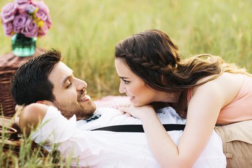 זוגיות ומשפחתיות הינם בעלי ערך עליון ובטוחה שלכל אחד ואחת מגיע לקחת בה חלק.
