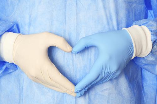 גידול שפיר של שריר הרחם נקרא שרירן ברחם, או בשמו הנוסף מיומה ברחם. תופעה זו מופיעה אצל כשליש מהנשים בגיל הפריון.